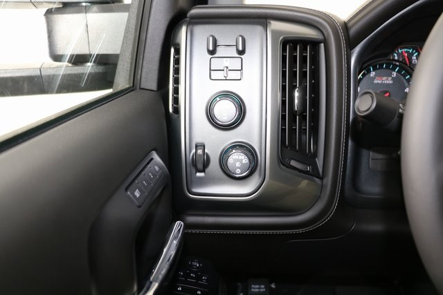 2019 Silverado 2500 Crew Cab 4x4,  Pickup #9102 - photo 28