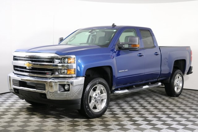 2019 Silverado 2500 Double Cab 4x4,  Pickup #9189 - photo 3