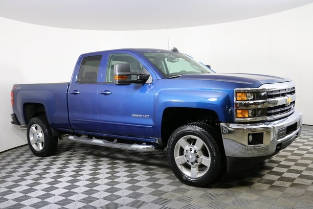 2019 Silverado 2500 Double Cab 4x4,  Pickup #9189 - photo 4