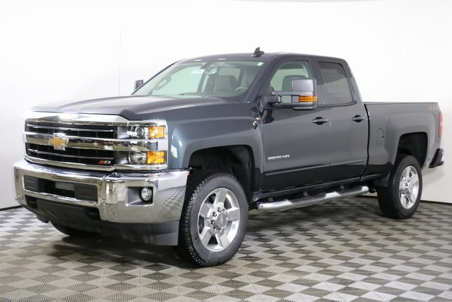 2019 Silverado 2500 Double Cab 4x4,  Pickup #9226 - photo 3