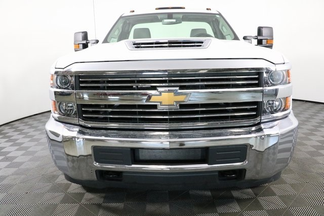 2018 Silverado 3500 Regular Cab DRW 4x4,  Monroe Service Body #F8037 - photo 5