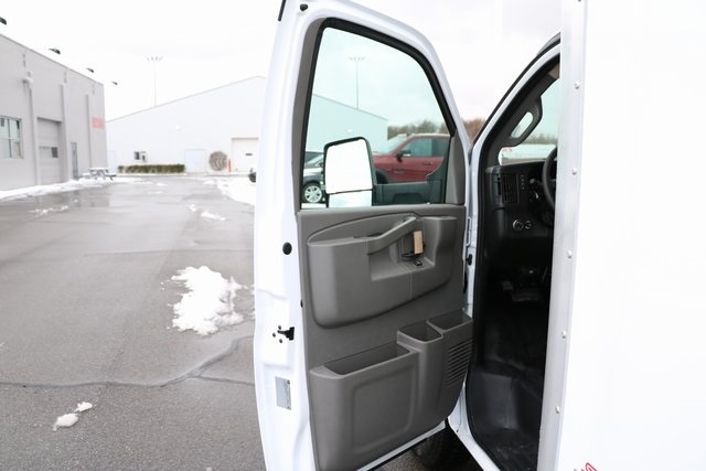2019 Express 3500 4x2,  Supreme Cutaway Van #F9007 - photo 30