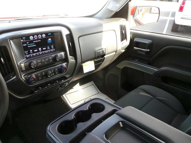 2018 Silverado 1500 Crew Cab 4x4,  Pickup #18T0625 - photo 10