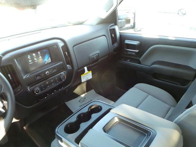 2019 Silverado 2500 Double Cab 4x2,  Royal Service Body #19T0164 - photo 17