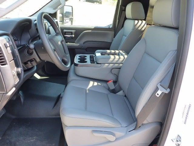 2020 Chevrolet Silverado 4500 Regular Cab DRW 4x2, Freedom Workhorse Platform Body #22938 - photo 5