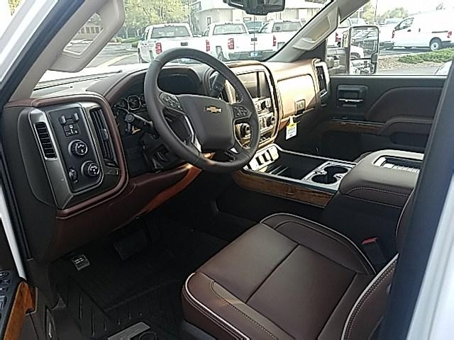2019 Silverado 2500 Crew Cab 4x4,  Pickup #19026 - photo 3