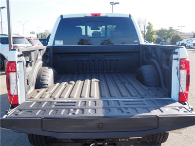 2018 F-250 Crew Cab 4x4,  Pickup #T13352 - photo 25