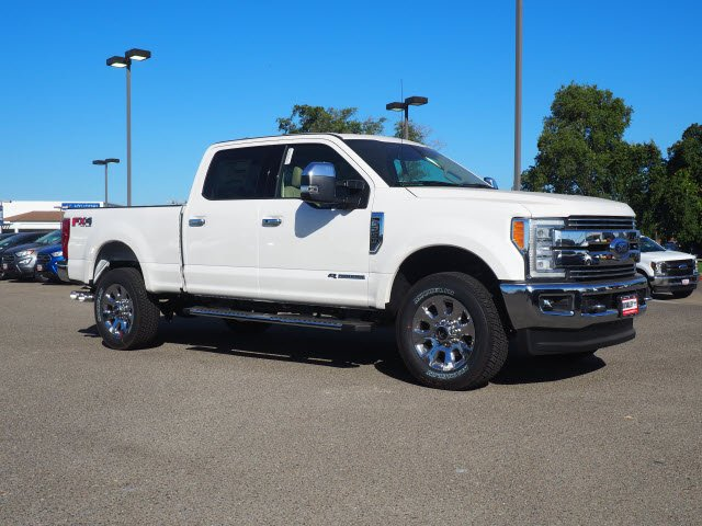 2018 F-250 Crew Cab 4x4,  Pickup #T13558 - photo 3
