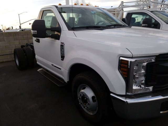 2019 Ford F-350 Regular Cab DRW 4x2, Scelzi Signature Service Body #T16067 - photo 4