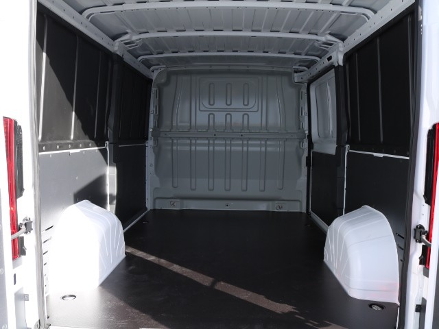 2018 ProMaster 1500 Standard Roof FWD,  Empty Cargo Van #R8578 - photo 2