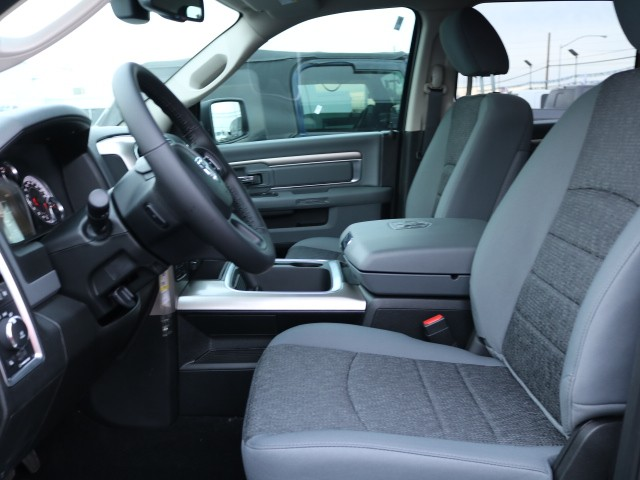 2019 Ram 1500 Crew Cab 4x4,  Pickup #R9264 - photo 4