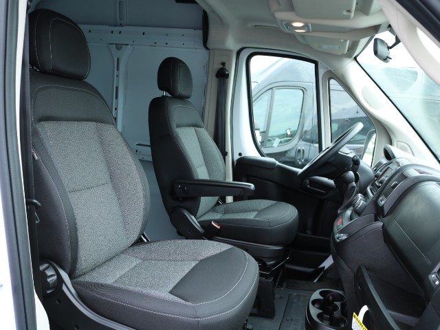2018 ProMaster 2500 High Roof FWD,  Empty Cargo Van #T3741 - photo 5