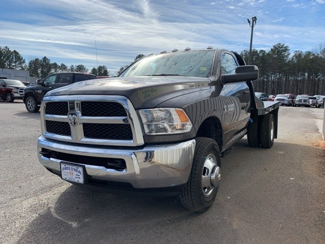 2018 Ram 3500 Regular Cab DRW 4x4,  Platform Body #181016 - photo 26