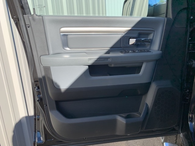 2018 Ram 2500 Crew Cab 4x4,  Pickup #181057 - photo 15