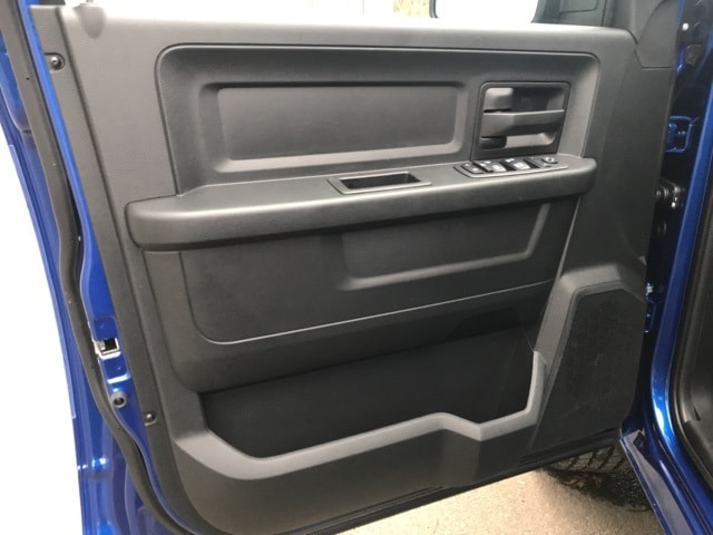 2018 Ram 1500 Crew Cab 4x2,  Pickup #18216 - photo 10