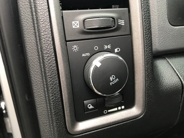 2018 Ram 1500 Quad Cab 4x2,  Pickup #18271 - photo 12