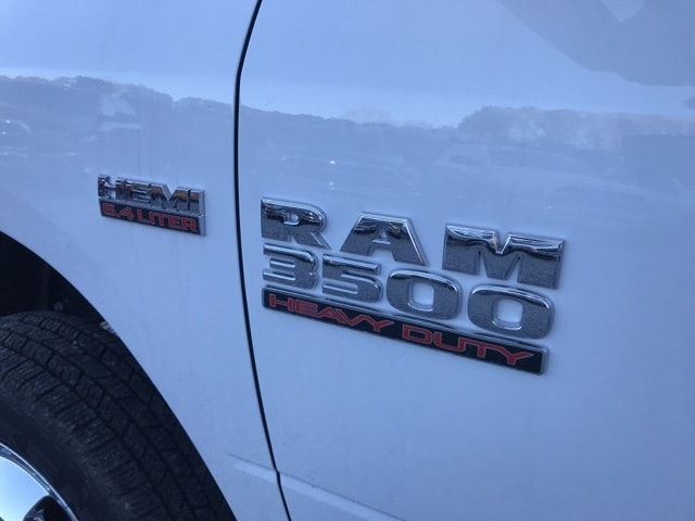 2018 Ram 3500 Crew Cab DRW 4x4,  Warner Service Body #18310 - photo 22