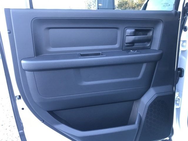 2018 Ram 3500 Crew Cab DRW 4x4,  Warner Service Body #18310 - photo 7