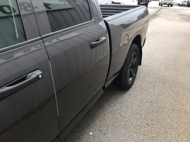2018 Ram 1500 Quad Cab 4x2,  Pickup #18407 - photo 33