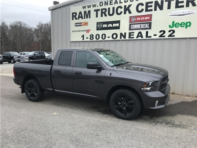2018 Ram 1500 Quad Cab 4x2,  Pickup #18407 - photo 3