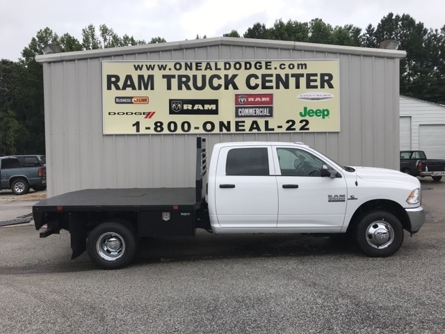 2018 Ram 3500 Crew Cab DRW 4x4,  Commercial Truck & Van Equipment Platform Body #18648 - photo 3