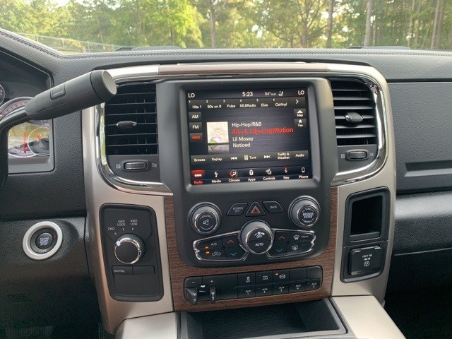2018 Ram 4500 Crew Cab DRW 4x4,  Platform Body #18652 - photo 21