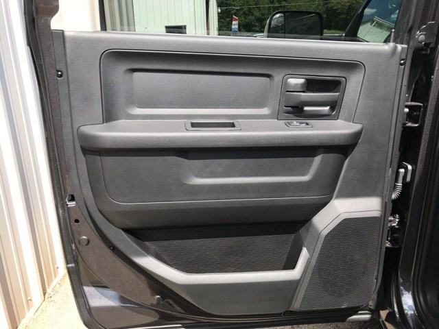 2018 Ram 3500 Crew Cab DRW 4x4,  Platform Body #18681 - photo 9