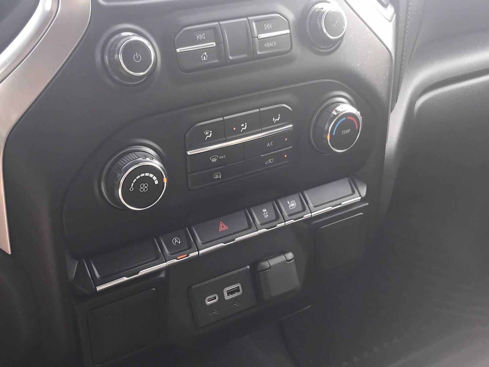2020 Chevrolet Silverado 1500 Double Cab 4x2, Pickup #16402PN - photo 34
