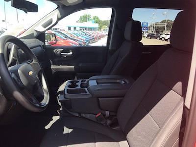 2020 Chevrolet Silverado 1500 Crew Cab 4x2, Pickup #16422PN - photo 24