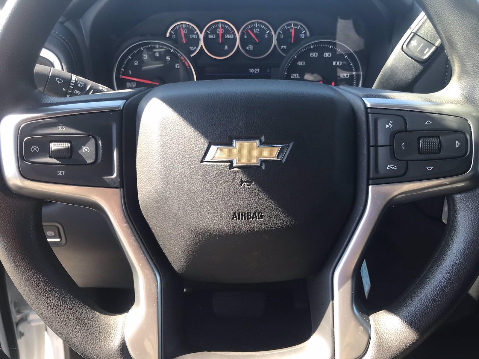 2020 Chevrolet Silverado 1500 Crew Cab 4x4, Pickup #16423PN - photo 24