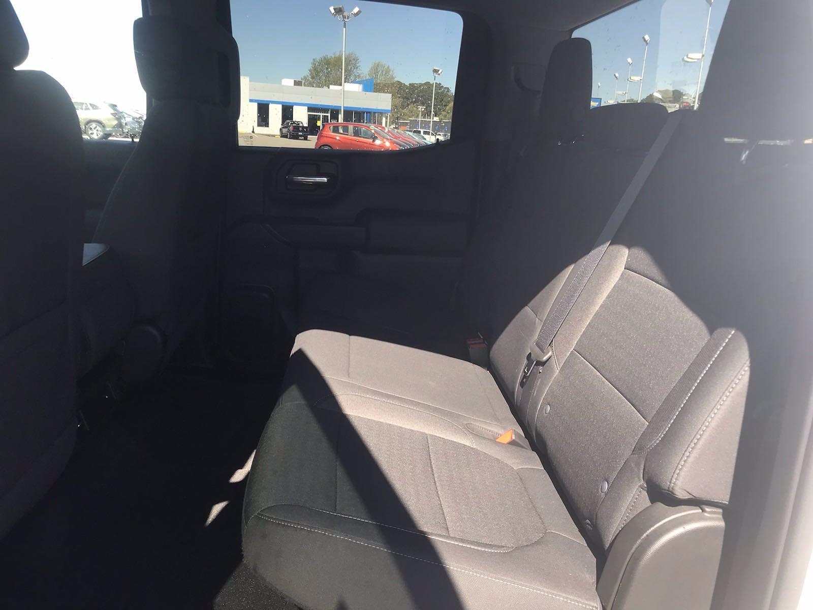 2020 Chevrolet Silverado 1500 Crew Cab 4x4, Pickup #16423PN - photo 38