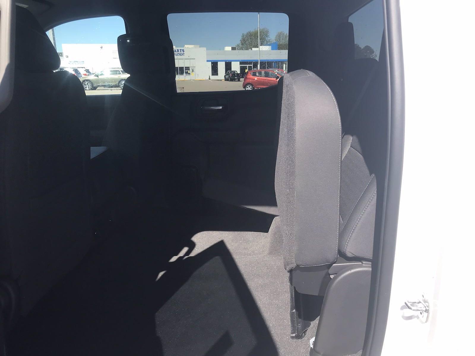 2020 Chevrolet Silverado 1500 Crew Cab 4x4, Pickup #16423PN - photo 40