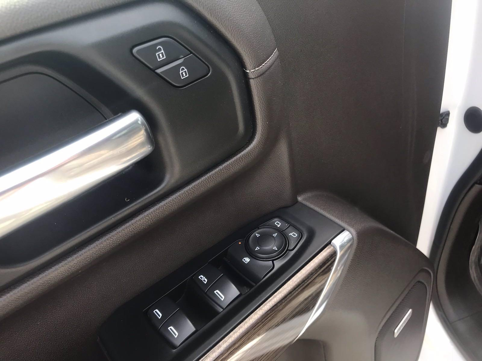 2020 Chevrolet Silverado 1500 Crew Cab 4x4, Pickup #16431PN - photo 21