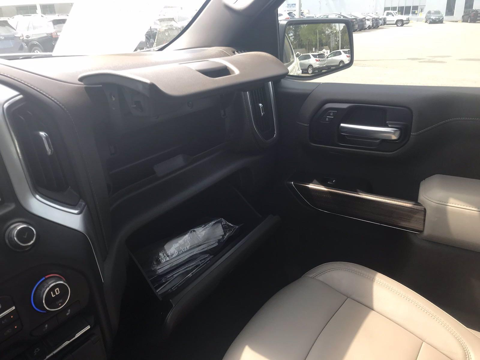 2020 Chevrolet Silverado 1500 Crew Cab 4x4, Pickup #16431PN - photo 39