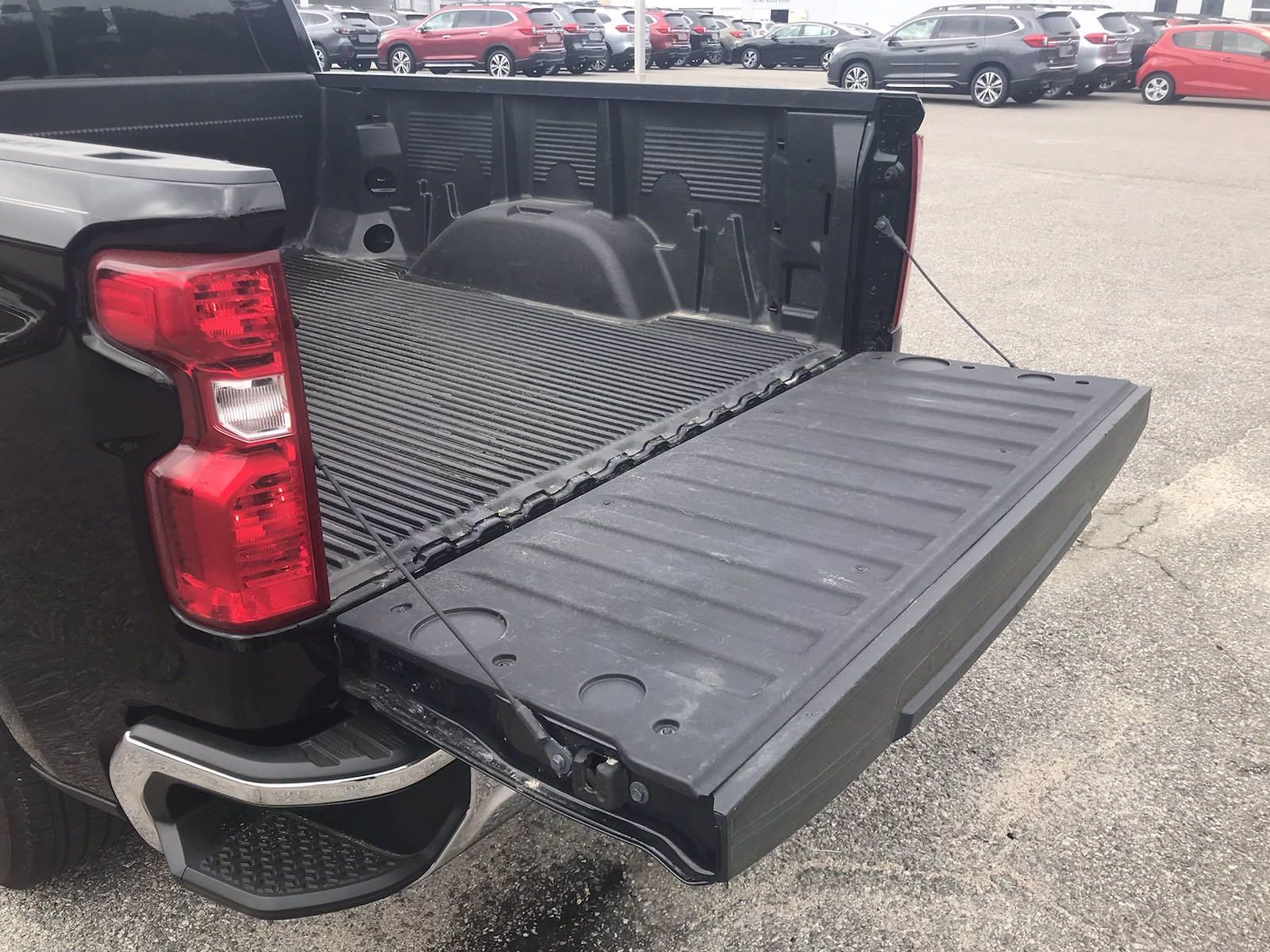 2020 Chevrolet Silverado 1500 Double Cab 4x2, Pickup #16432PN - photo 17