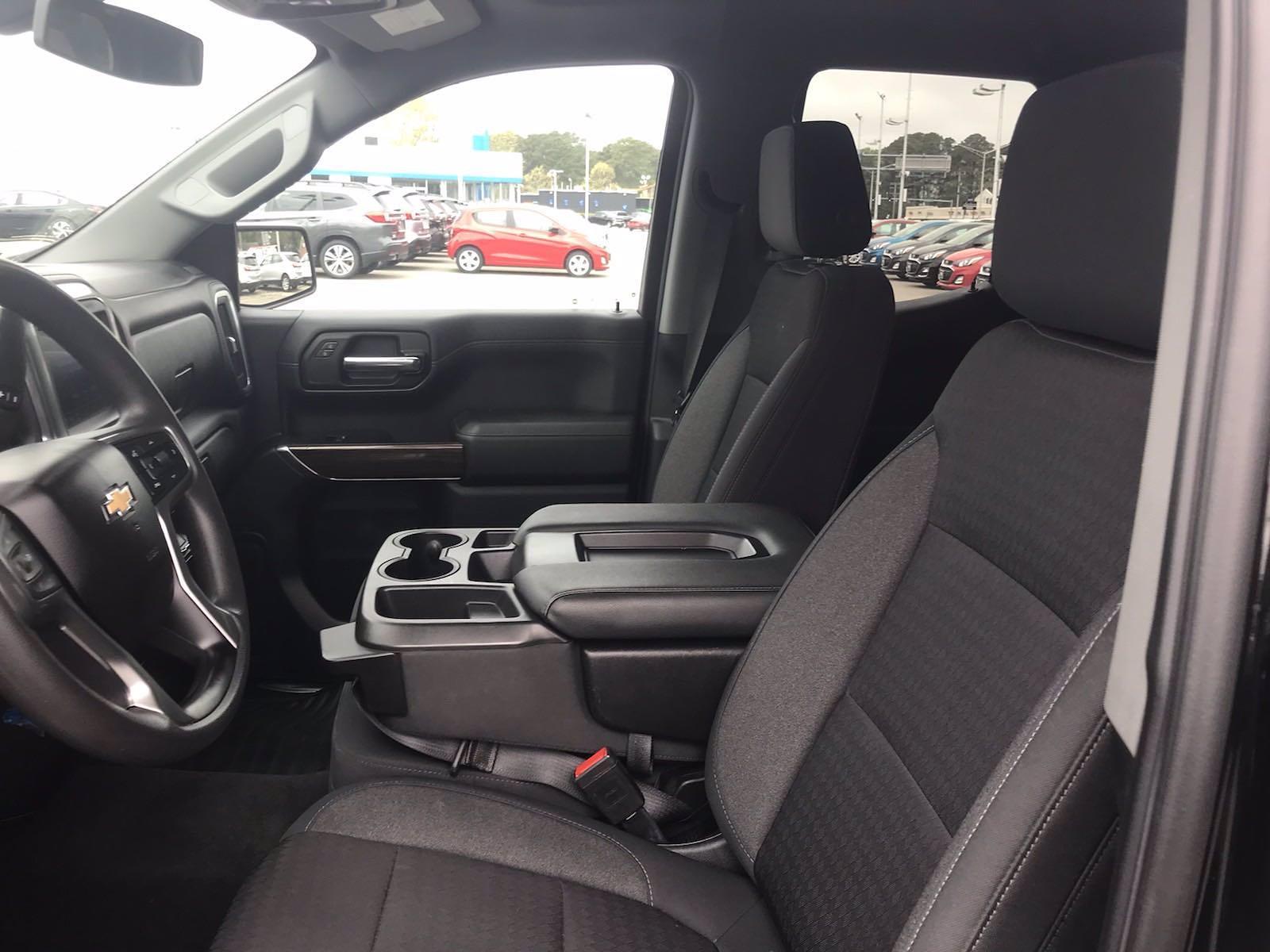 2020 Chevrolet Silverado 1500 Double Cab 4x2, Pickup #16432PN - photo 23