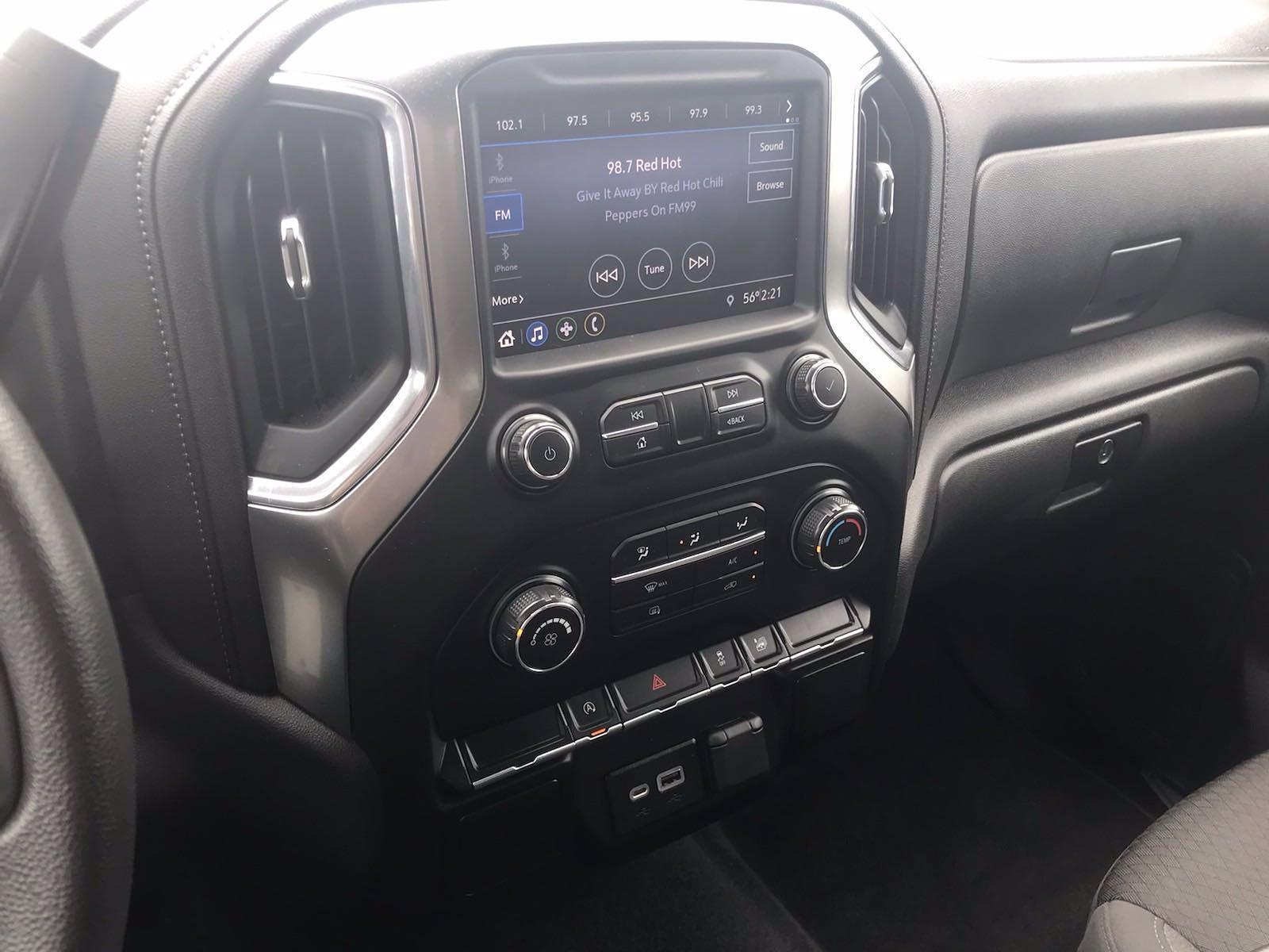 2020 Chevrolet Silverado 1500 Crew Cab 4x4, Pickup #16449PN - photo 32