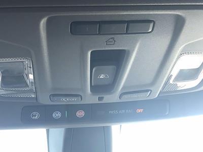 2019 Chevrolet Silverado 1500 Crew Cab 4x4, Pickup #16452P - photo 41