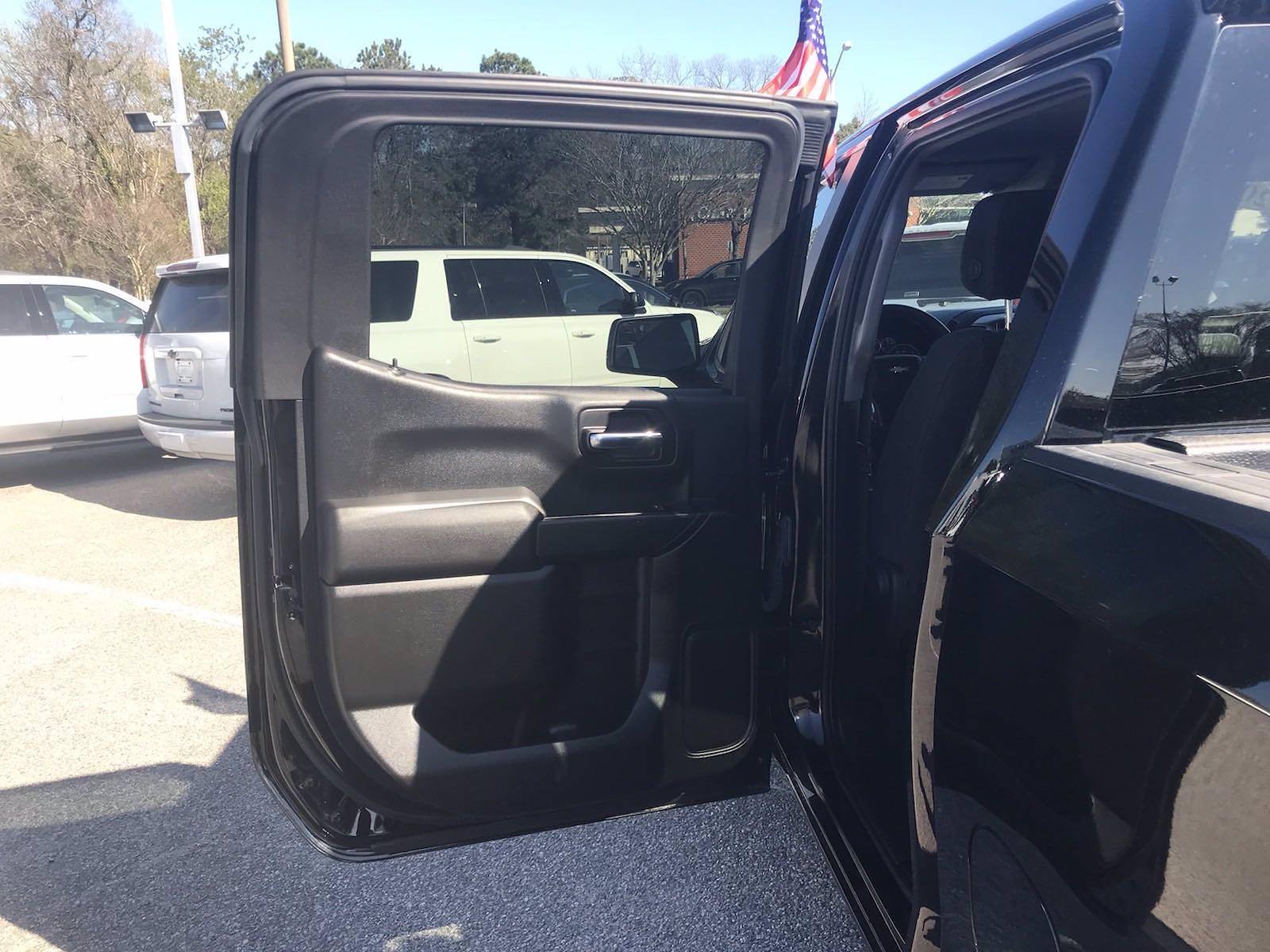 2020 Chevrolet Silverado 1500 Crew Cab 4x2, Pickup #16454P - photo 40