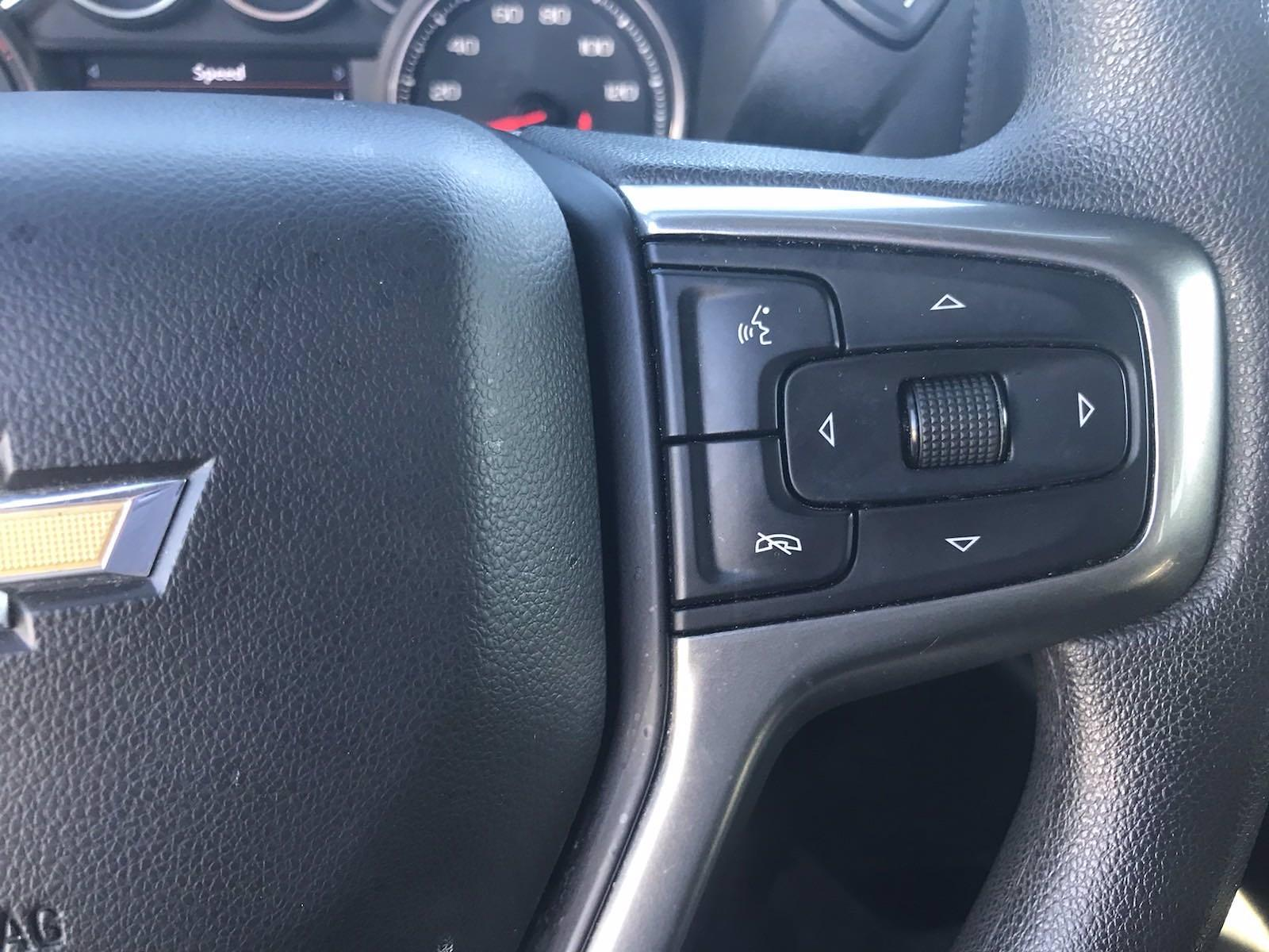 2020 Chevrolet Silverado 1500 Crew Cab 4x4, Pickup #16456P - photo 28