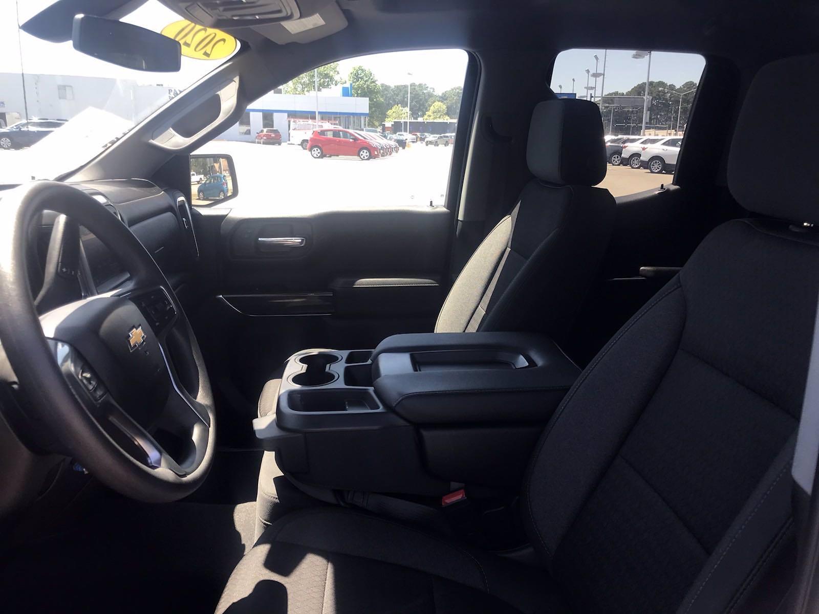 2020 Chevrolet Silverado 1500 Double Cab 4x4, Pickup #16457PN - photo 25