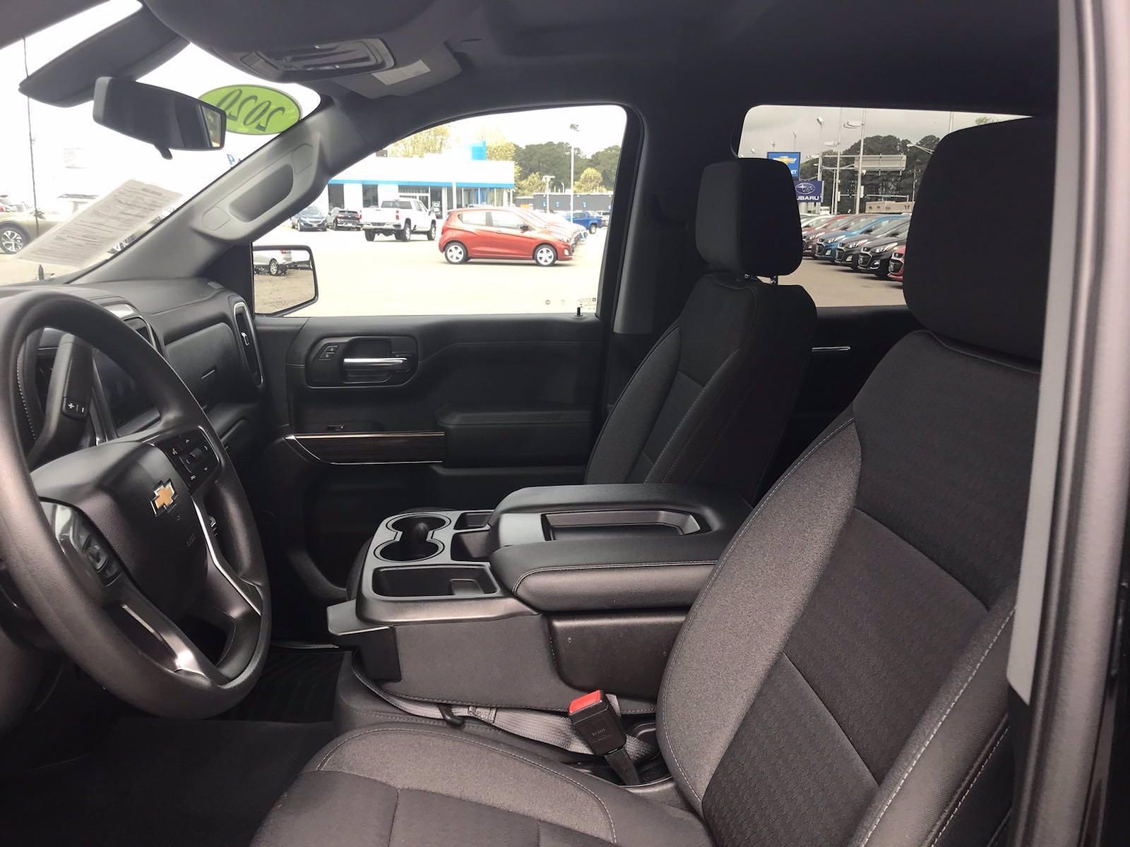 2020 Chevrolet Silverado 1500 Crew Cab 4x4, Pickup #16458PN - photo 25