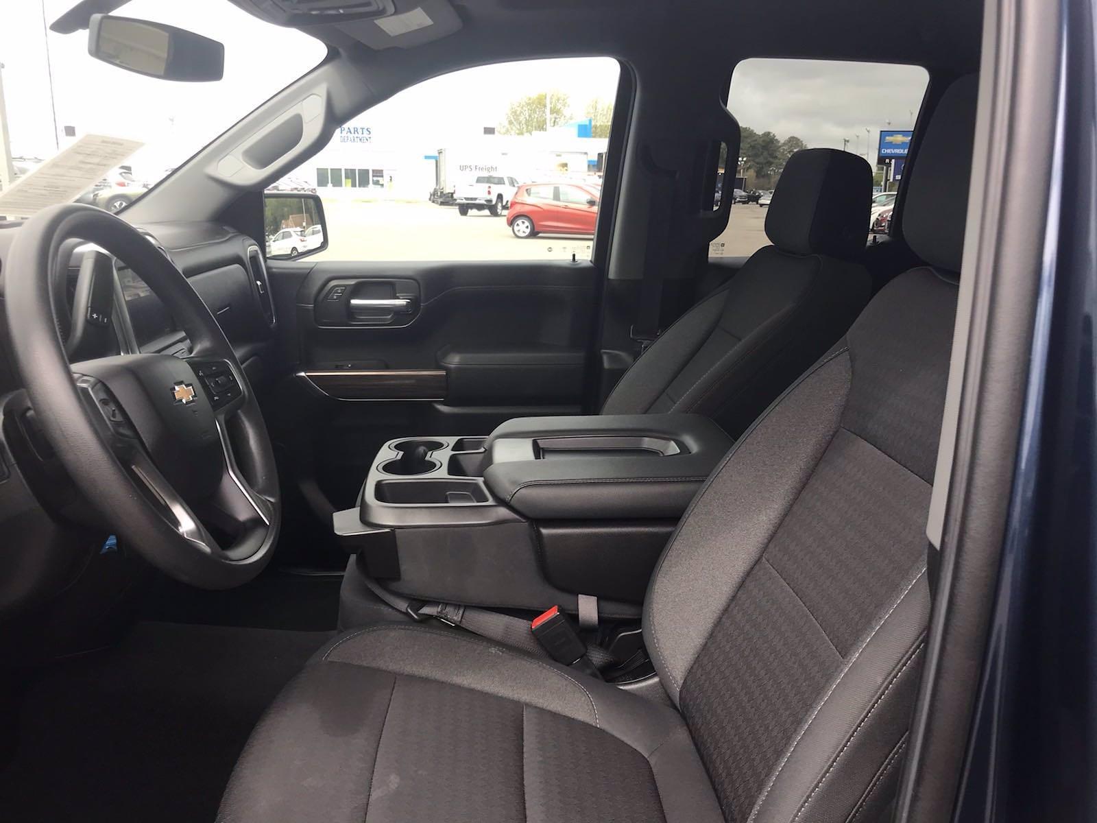 2020 Chevrolet Silverado 1500 Double Cab 4x4, Pickup #16460PN - photo 24