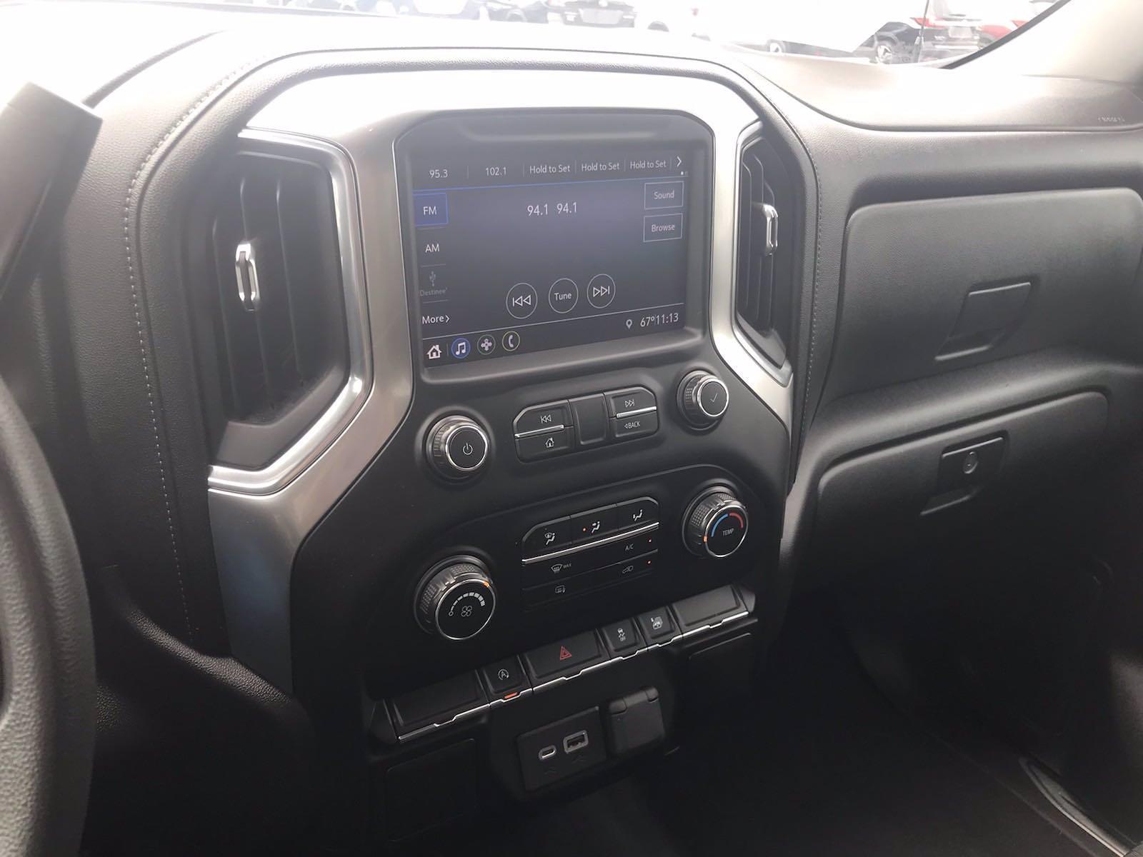 2020 Chevrolet Silverado 1500 Double Cab 4x4, Pickup #16460PN - photo 32