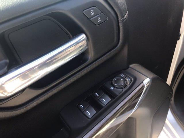 2020 Chevrolet Silverado 1500 Crew Cab 4x4, Pickup #16462PN - photo 18