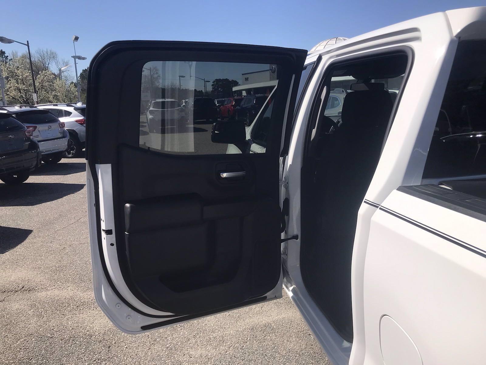 2020 Chevrolet Silverado 1500 Crew Cab 4x4, Pickup #16464PN - photo 40