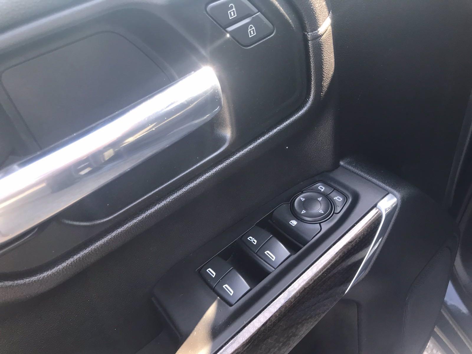 2020 Chevrolet Silverado 1500 Crew Cab 4x4, Pickup #16465P - photo 17