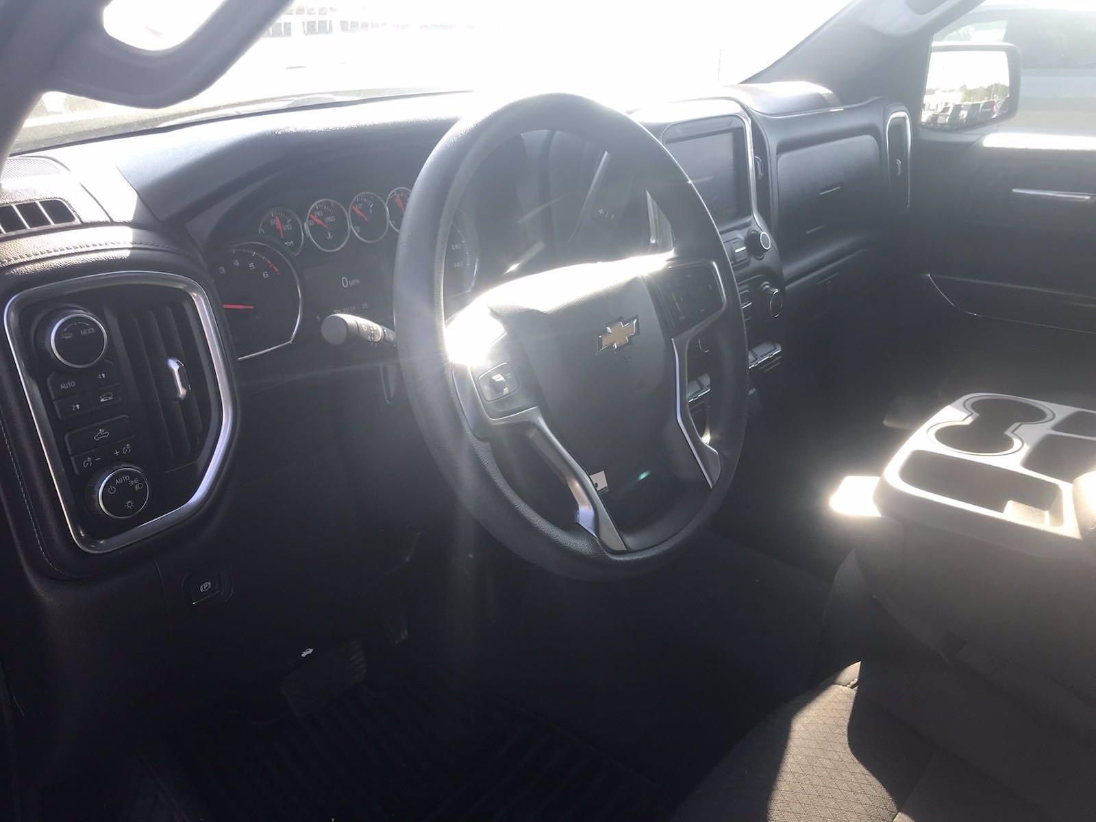 2020 Chevrolet Silverado 1500 Crew Cab 4x4, Pickup #16465P - photo 20
