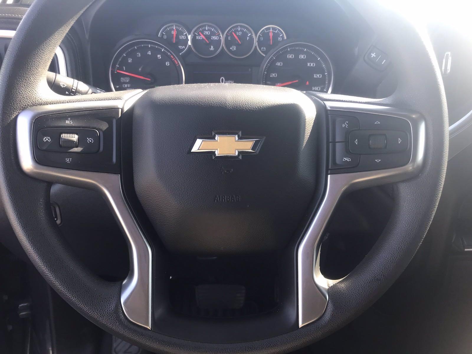 2020 Chevrolet Silverado 1500 Crew Cab 4x4, Pickup #16465P - photo 22