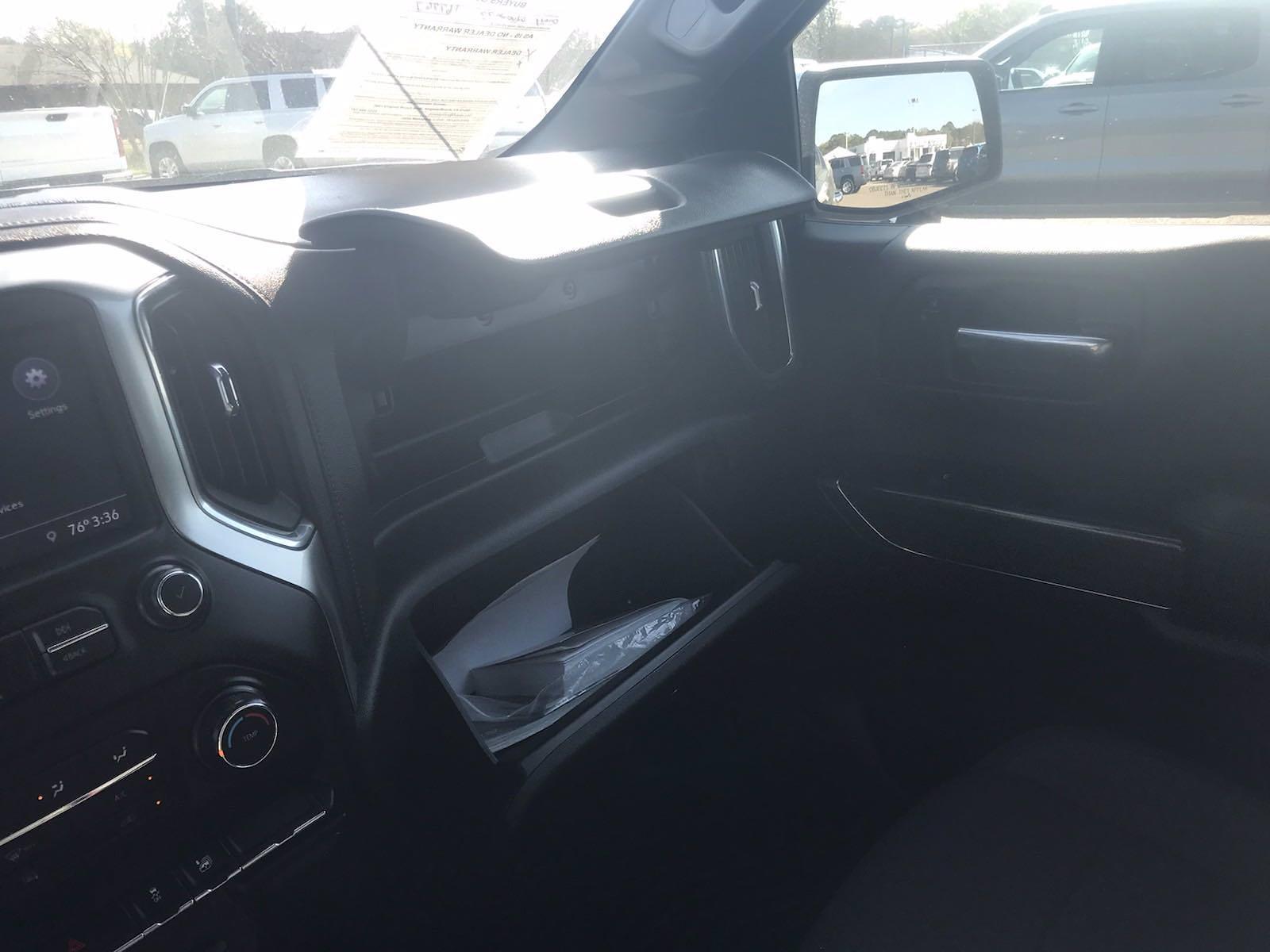 2020 Chevrolet Silverado 1500 Crew Cab 4x4, Pickup #16465P - photo 34